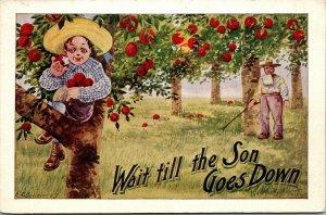 OLD VINTAGE 1908 POSTCARD APPLE FARMER WAIT TILL THE SON GOES DOWN COMIC HUMOR