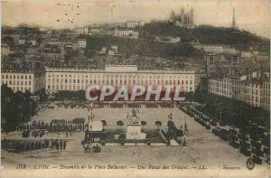 Old Postcard Lyon Bellecour entire review troops