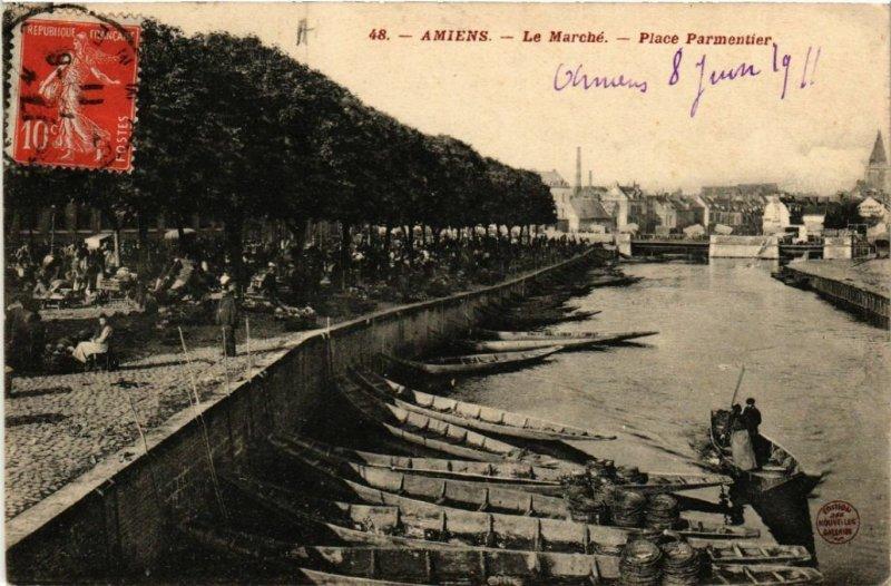 CPA AMIENS - Le Marché - Place Parmentier (515255)