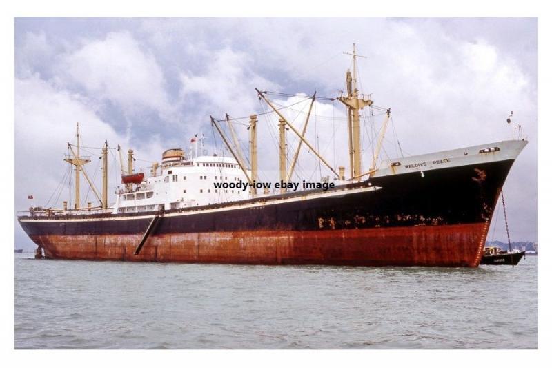 mc4105 - Maldives Cargo Ship - Maldive Peace , built 1956 - photo 6x4