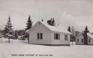 RP: Tally-Ho Inn, Huntsville , Muskoka , Ontario, Canada, PU-1962