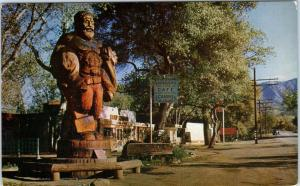 THREE RIVERS, CA    HUGE PAUL BUNYON STATUE  Hwy 198   1948  Roadside Postcard