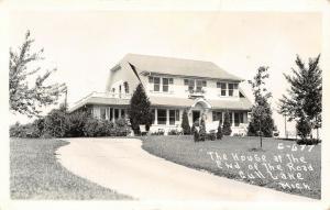 Nisswa to Lake Shore MI Cape Cod House @ The End of the Road~RPPC 1940s Postcard
