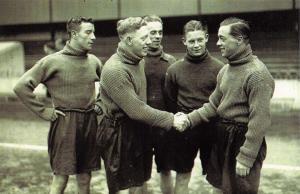 Nostalgia Postcard 1935 Record Transfer Fee DUNCAN Hull to Tottenham, Repro NS9