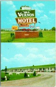 Mt. Vernon, Iowa Postcard MT. VERNON MOTEL Highway 30 Roadside c1950s Chrome