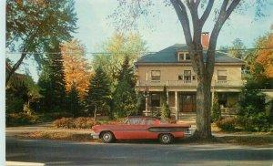 Sanford Maine Allen's Motel 1958 Pontiac chieftan Eastern Illustrating Postcard