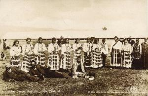new zealand, RUATOKI, Native Maori Poi Dance (1907) RPPC Queensland Stamp