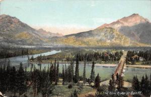 10101 Alberta Baniff  The Bow River at Banff