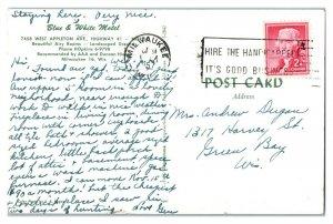 1957 Blue & White Motel, Milwaukee, WI Postcard *6E(3)25