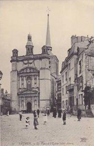 Saumur , France , 00-10s La Place et l'Eglise Saint-Pierre