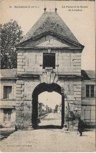 France Richelieu la porte et la route de loudun 01.24