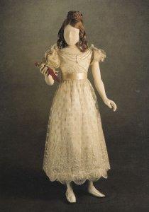 Princess Queen Victoria 's Blonde Lace Dress London Rare Postcard
