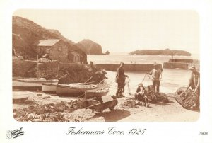 Vintage Reproduction Cornwall Postcard, 1925 Fishermans Cove, Mullion DL5