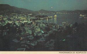 Acapulco , Mexico , 50-60s ; At Night