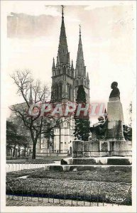 Modern Postcard Moulins (Allier) the Cathedral and the Museum Garden