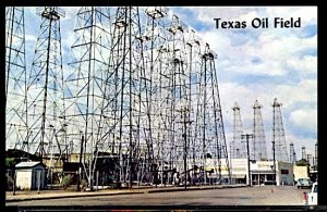 USA Texas Oil Field Near Kilgore and Longview