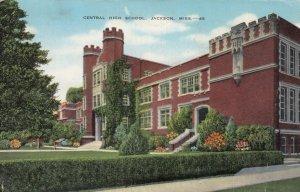 JACKSON , Mississippi, 1942; Central High School