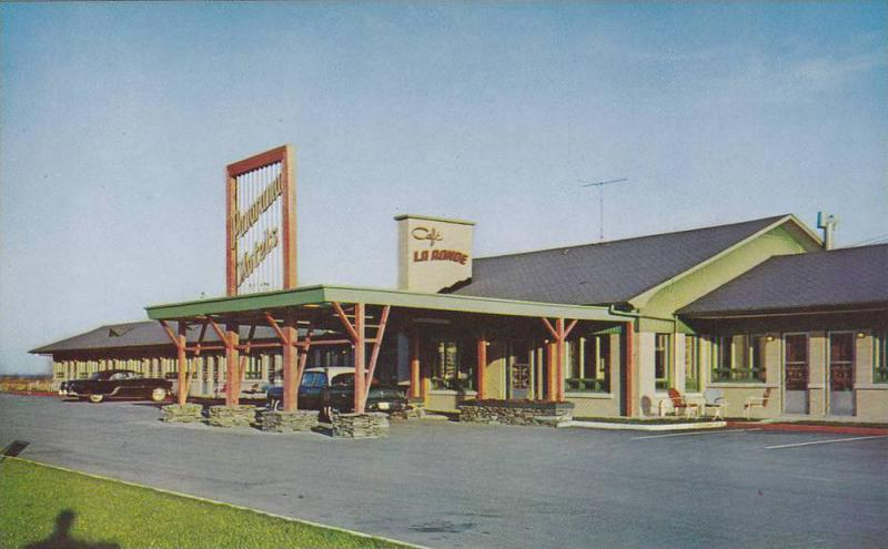 Panorama Motor Hotel , Chateau-Richer , Quebec , Canada, 40-60s