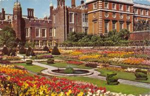 Vintage Postcard, The Sunken Garden at Hampton Court Palace, London 95E
