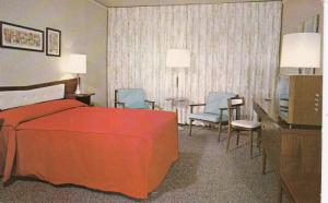 NEW YORK CITY, New York 50-60s Murray Hill Hotel Executive
