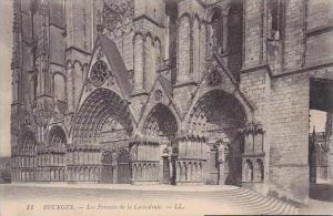 France Bourges Les Portails de la Cathedrale