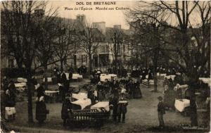 CPA DOL-de Bretagne - Place de l'Épéron - Marché aux Cochons (357123)