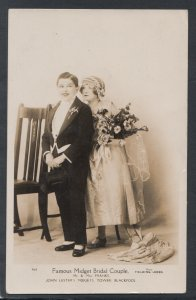 Blackpool Postcard - Famous Midget Bridal Couple, Mr & Mrs Franks  T9857