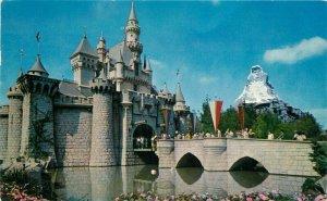 Anaheim California Fantasyland Postcard Sleeping Beauty Caste Disneyland 20-2035