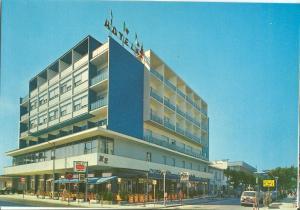 Italy, Hotel K2, Igea Marina, 1960s unused Postcard