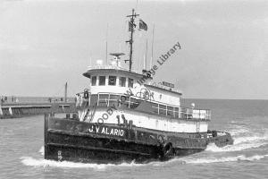 ap0855 - American Tug - J V Alario , built 1966 - photo 6x4