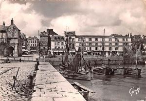 Honfleur France Le Port et l'Hotel du Cheval Blanc Honfleur Le Port et l'Hote...