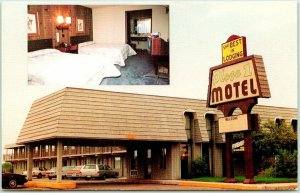 Spencer, Iowa Postcard PLAZA ONE MOTEL Highway 18 / 71 Roadside c1980s Unused