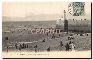 Treport - The Beach in Marree low Lighthouse Lighthouse - Old Postcard