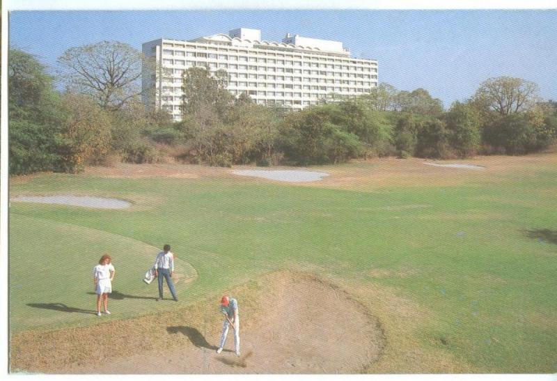 India, The Oberoi, New Delhi, unused Postcard