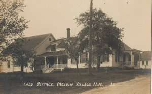 RP; MELVEN VILLAGE , New Hampshire , 1900-10s ; Ladd Cottage