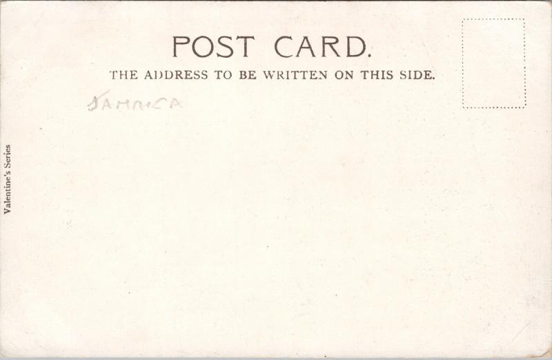 Jamaica 'A Negro Hut' Man Woman Child Unused Postcard E33