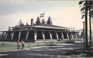CHICOUTIMI , Quebec, Canada , 40-60s ; Le Chalet du Parc de la Place D'Armes
