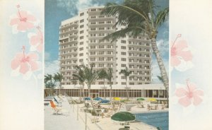 MIAMI BEACH, Florida , 1950-60s ; SEA VIEW on the Beach