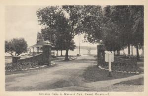 TWEED , Ontario , 1930s ' Memorial Park Entrance
