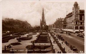 Princes Street,Looking West,Edingburgh,Scotland,UK BIN