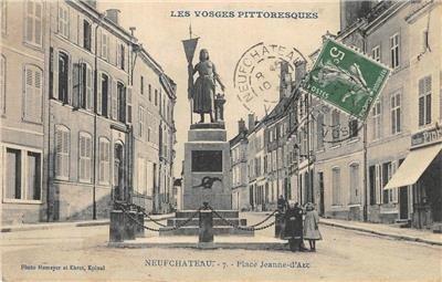 Les Vosges Pittoresques Neufchâteau, France Place Jeanne-d'Arc 1910 Postcard