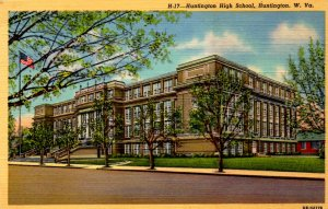 Huntington,  West Virginia - The Huntington High School - dated 1946