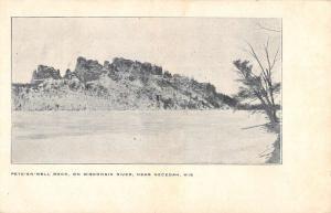 Necedah Wisconsin Pete En Well Rock Waterfront Antique Postcard K77232