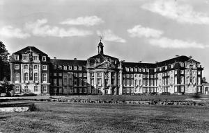 Muenster Westfalen Schloss Universitat Castle Front View Chateau