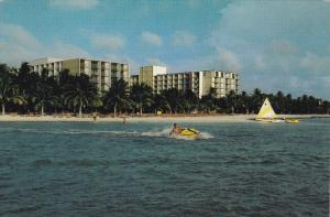 Holiday Inn , ARUBA , 50-70s