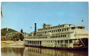 The Steamboat Gordon Greene, at Hannibal, Missouri Postcard