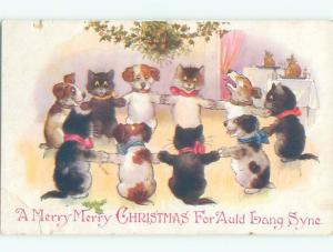 Pre-Linen Christmas HUMANIZED CATS AND DOGS DANCING IN A CIRCLE AB5349