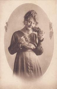 Woman with grapes portrait , 00-10s, 3/6