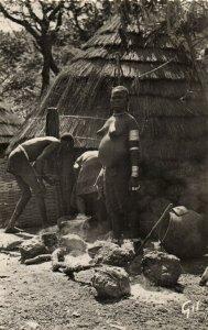 PC CPA ETHNIC NUDE FEMALE TYPE, GUINEA Vintage Postcard (b5377)