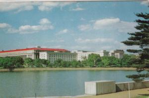 Washington DC, Bureau of Engraving and Printing, unused Postcard